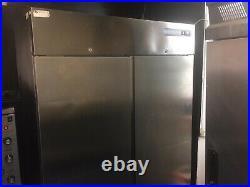 Commercial freezer 900lt double doors upright