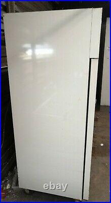 Polar C663 Upright Double Door Commercial Fridge 1200Ltr White