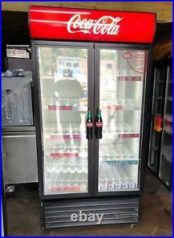 True 900 Ltr Commercial Glass Double Door Display Fridge / Drink Fridge