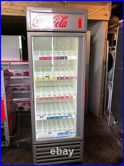 True GDM23 600 Ltr Commercial Glass Double Door Display Fridge / Drink Fridge