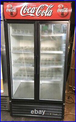 True GDM 35 900 Ltr Commercial Glass Double Door Display Fridge / Drink Fridge