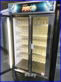 True GDM SILVER 900 LT Commercial Glass Double Door Display Fridge/Drink Fridge